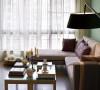 160㎡落地灯+布沙发+绿墙面沙发,布衣,很有质感。