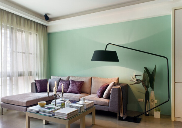 160㎡落地灯+布沙发+绿墙面客厅