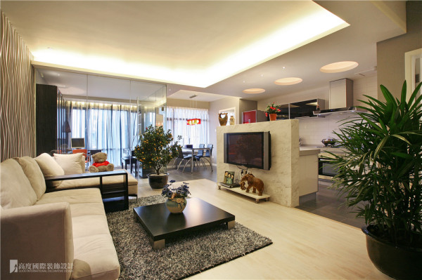 现代风格 客厅 搭配绿植,美观健康。