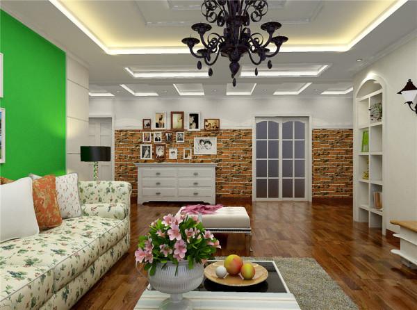 """不可遗漏的是,田园风格的居室还要通过绿化把居住空间变为""""绿色空间"""",如结合家具陈设等布置绿化,或者做重点装饰与边角装饰,还可沿窗布置"""