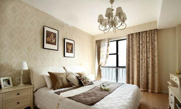 """第五招:""""会隐身""""的收纳空间 卧室的两个床头柜,梳妆台都为卧室杂物的存储提供了收纳空间"""