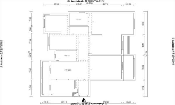 原始的框架图。该房是一个南北通透的舒适四房,光线充足,但也有不足的地方。厨房空间狭小,朝北的小房间空间不是很大若做独立的居住空间需另作考虑。