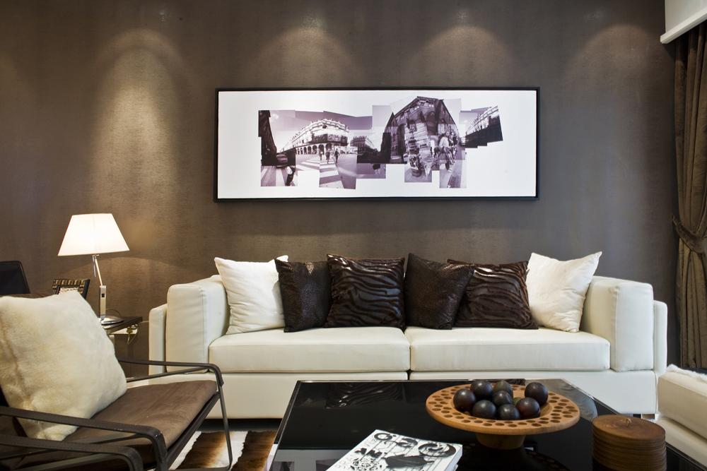 客厅图片来自潍坊万泰装饰在港式风情画 180平现代奢华港式的分享
