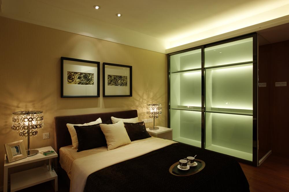卧室图片来自潍坊万泰装饰在港式风情画 180平现代奢华港式的分享