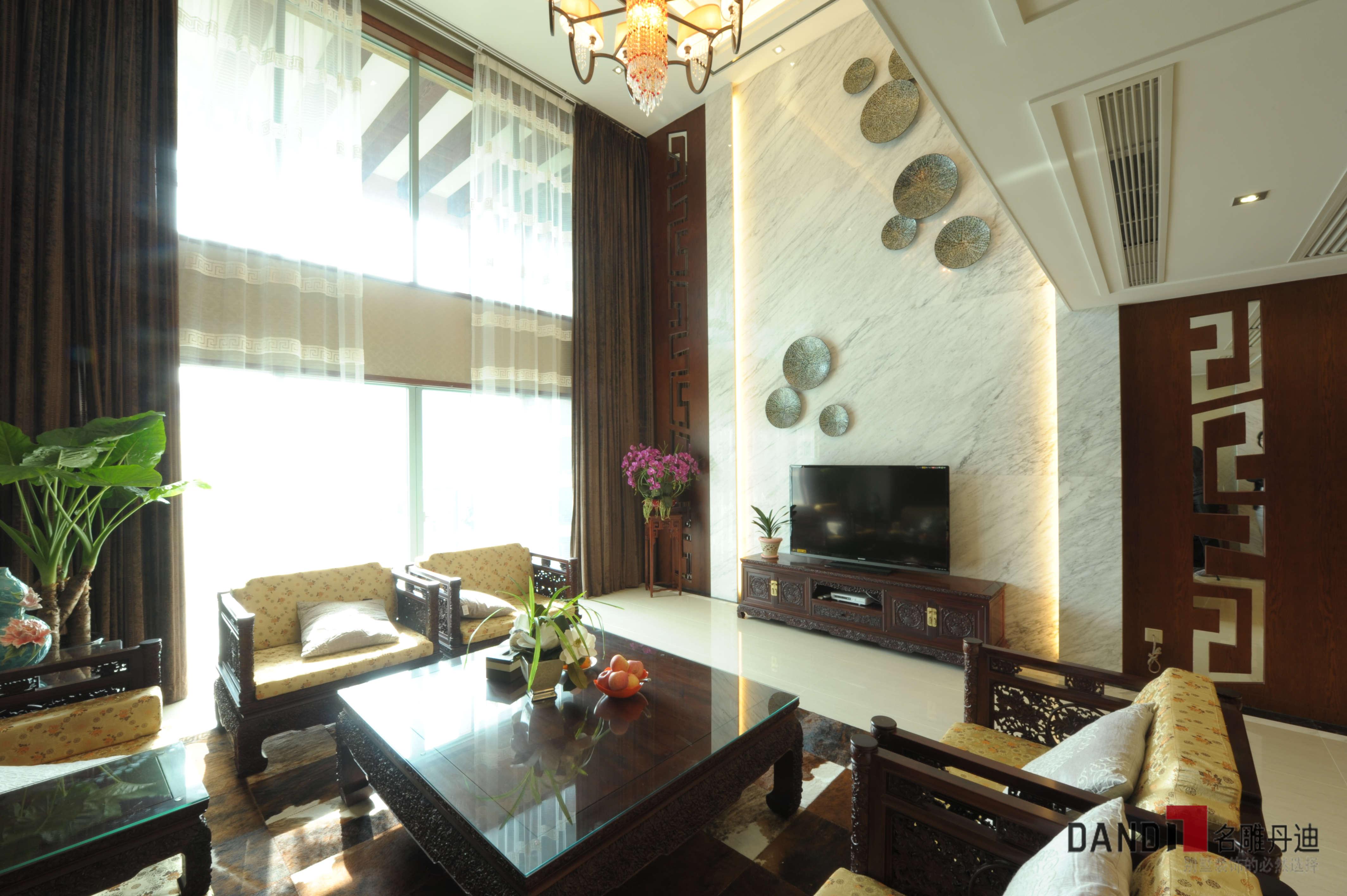 中式别墅 别墅 新中式风格 中式 高富帅 文艺范 别墅装饰 公园大地 客厅 客厅图片来自名雕丹迪在公园大地250平新中式儒雅之家的分享