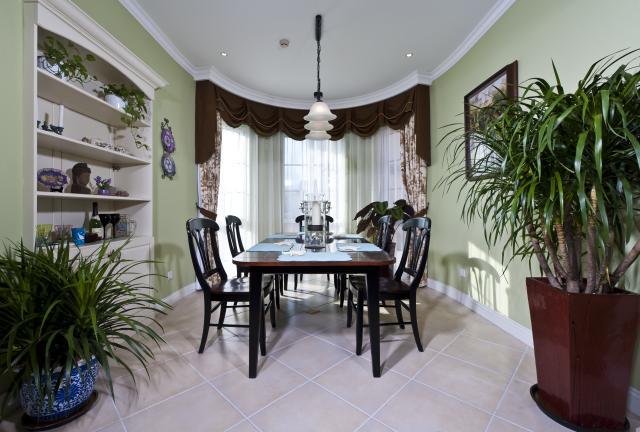 别墅公司 别墅设计 别墅装修 餐厅图片来自天津别墅装修在花样年华郡的分享