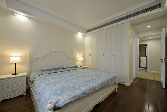 卧室图片来自佰辰生活装饰在120舒适宜人美式简约3居的分享
