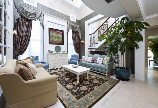 别墅公司 别墅设计 别墅装修 客厅图片来自天津别墅装修在花样年华郡的分享