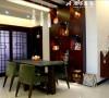 餐厅形象如同端庄的大家闺秀,举手投足间透着文艺气息,一颦一笑细腻动人。   定制的高档红木酒柜呈现网格状,有着展示和储藏的作用。
