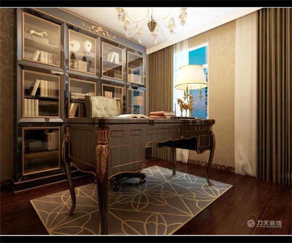 整体色调较为平缓,家具以深色为主,欧式的线条,现代简约的配色,突出了简约欧式的风格。室内回字顶,并有2层叠级石膏线圈边,突出层次。