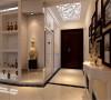 门厅吊顶突出凹凸感,优美的弧线,两种造型相映成趣,风情万种,使得整体空间更具有强烈的西方传统审美气息。