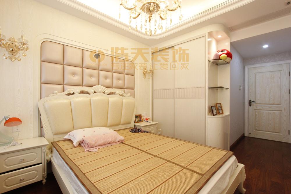 卧室图片来自深圳市浩天装饰在圣莫丽斯的分享