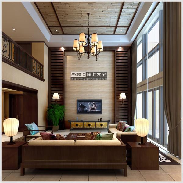 本案客厅采用深色简单木线条和竹编天然材料装饰顶面;米黄色墙纸为主,局部木线勾勒墙面,客厅背景则用石材整铺,显的奢华大气且庄严。