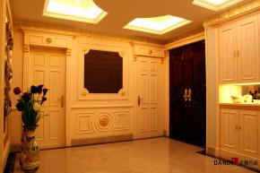 欧式 别墅 高富帅 别墅装饰 奢华 熙园 客厅 玄关 玄关图片来自名雕丹迪在迷恋·奢华—熙园欧式别墅的分享