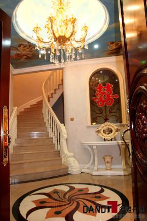 欧式 别墅 高富帅 别墅装饰 奢华 熙园 客厅 楼梯 楼梯图片来自名雕丹迪在迷恋·奢华—熙园欧式别墅的分享