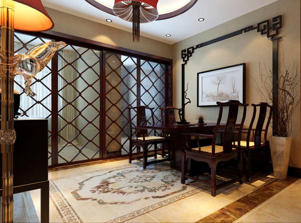 餐厅木质背景墙雕花线,动感斜线的玻璃门,搭配淡黄色墙漆,用餐空间看似简单,实则韵味无穷。