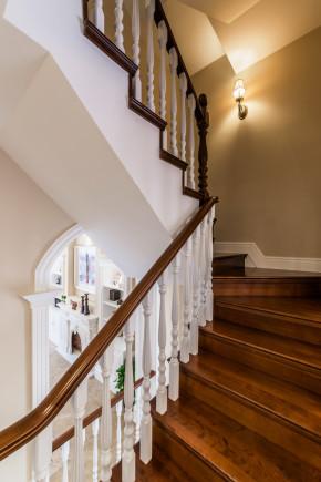 美式 二居 三居 别墅 白领 收纳 旧房改造 80后 小资 楼梯图片来自周楠在经典美式的分享