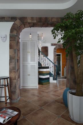 现代 二居 三居 别墅 白领 收纳 旧房改造 80后 小资 楼梯图片来自周楠在现代风格也能这么好看的分享