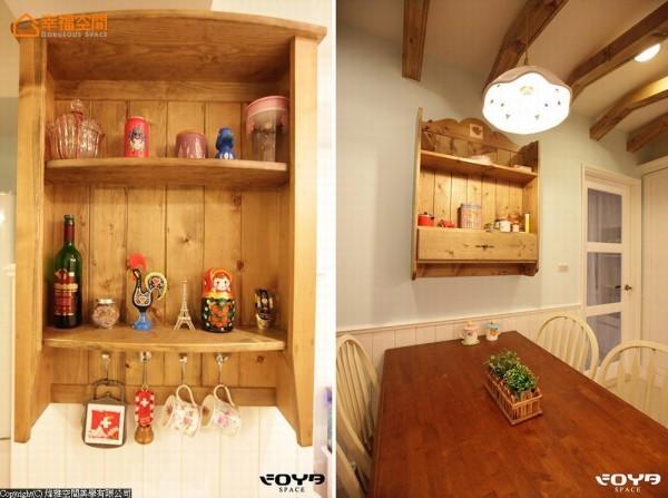 独家订制的小巧吊柜,放上屋主从各国旅游带回的纪念品,