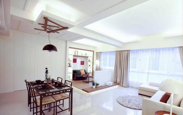 将门片没入壁面之中,维持俐落简洁的现代空间概念。