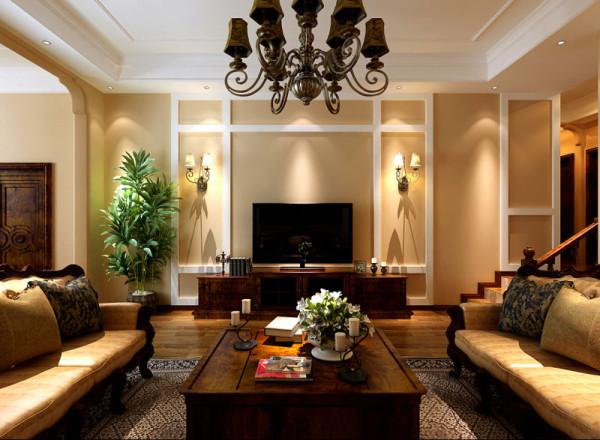 室内多采用带有深色乳胶漆、地毯、窗帘、及古 典装饰画。