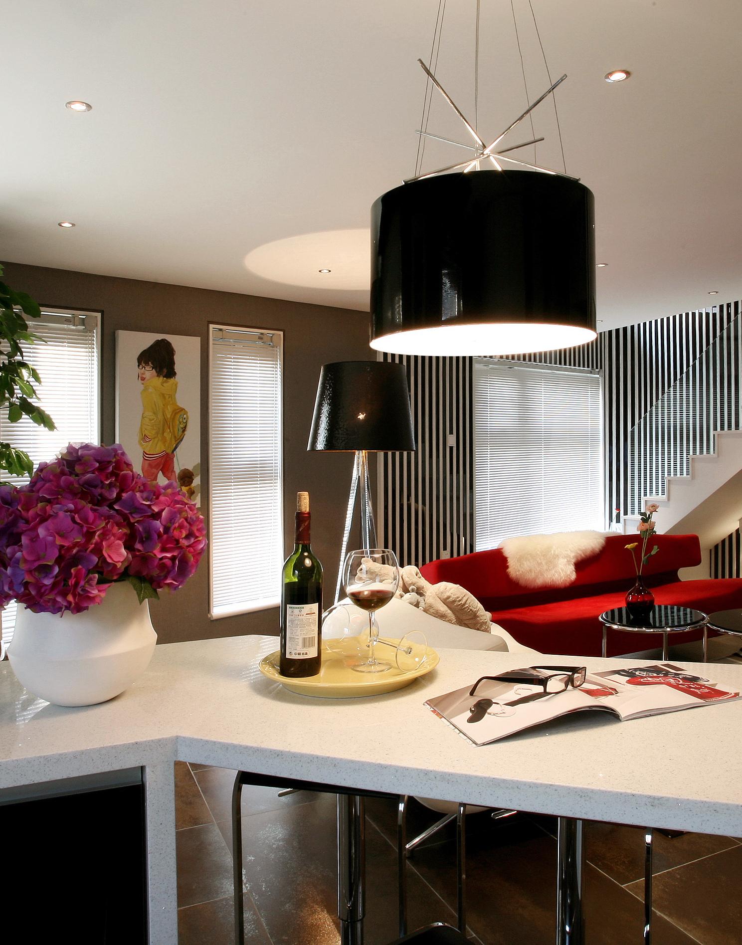 二居 简约 白领 80后 小资 餐厅图片来自孙进进在单身复式小公寓精品质生活的分享