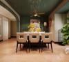 为了缓解客厅与餐厅之间的墙体过长的单调,设计师采用弧形的垭口的设计,增加装饰性的同时满足日常实用性也充分地利用空间。随意摆放些植物和装饰品,轻轻松松就营造出一个温馨的就餐环境。