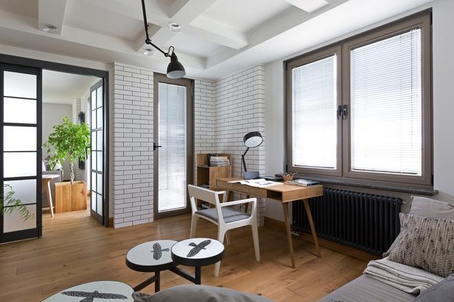 简约 三居 80后 小资 书房图片来自上海实创-装修设计效果图在102平简约实木色精品屋的分享