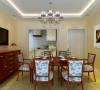 1、空间功能紧凑合理,门庭、餐厅、厨房相连接,增加了室内的层次感,弱化了空间的界限;2、吊顶与地面风格统一,极致简约的线条和造型使得空间使用率达到最大,舒适而又悠闲的用餐环境呼之欲出。