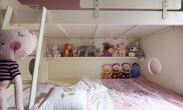 粉粉儿童房