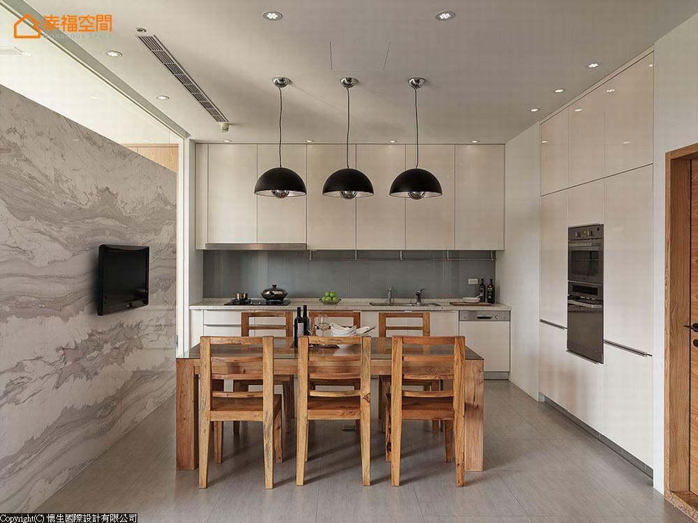 简约 休闲风格 别墅 餐厅图片来自幸福空间在天天像渡假! 330平日光Villa宅的分享