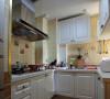 不大的厨房可是装了不少的东西,买了这个带轮的置物架很是方便
