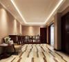一般室内墙地面及顶棚和家具陈设,乃至灯具器皿等均以简洁的造型、纯洁的质地、精细的工艺为其特征。尽可能不用装饰和取消多余的东西,认为任何复杂的设计,没有实用价值的特殊部件及任何装饰都会增加建筑造价,