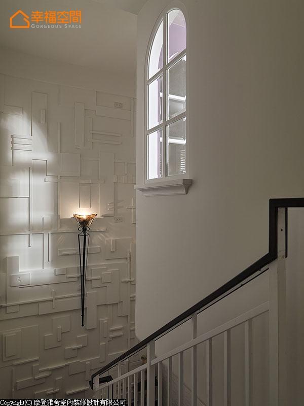 别墅 三居 田园 休闲 楼梯图片来自幸福空间在旧别墅变活泼  132平异国风乡居的分享