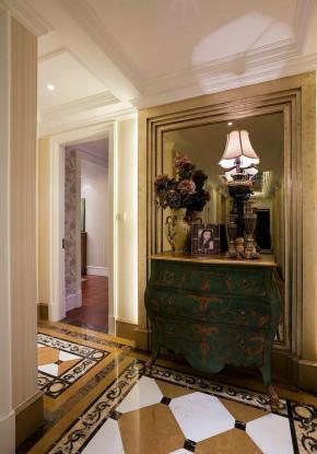欧式 高贵 奢华 浪漫 三居室 温馨 舒适 玄关图片来自成都生活家装饰在131平浪漫欧式大宅的分享