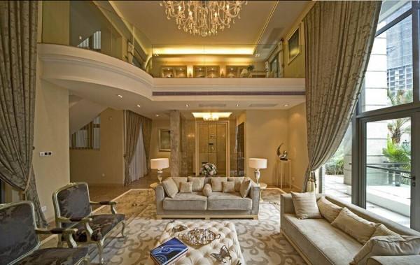 调节居室气氛是小饰品的作用。