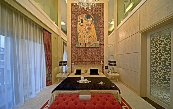 高大的卧室,你敢来尝试吗。