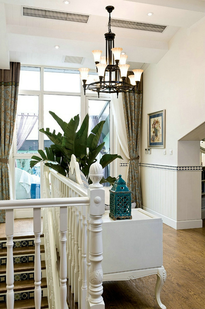 地中海 二居 三居 别墅 白领 收纳 旧房改造 80后 小资 楼梯图片来自周楠在180平别墅地中海动人心魄的分享