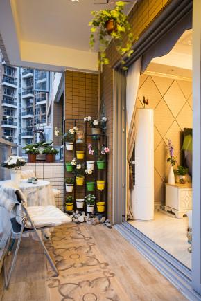 混搭 开祥御龙城 温馨 实景 阳台图片来自沪上名家装饰在东情西韵--开祥御龙城实景的分享