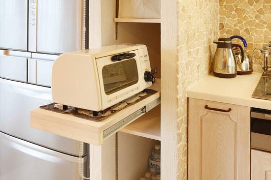"""可拉伸收纳柜是小户型的必备。"""""""