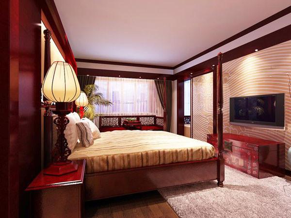 主卧室兼储物间,主卫生间和休闲功能地台与一体,是多角度多元化设计。