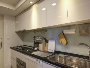 简约 欧式 时尚 繁重 轻松 温馨 舒适 厨房图片来自成都生活家装饰在131平时尚欧式舒适空间的分享