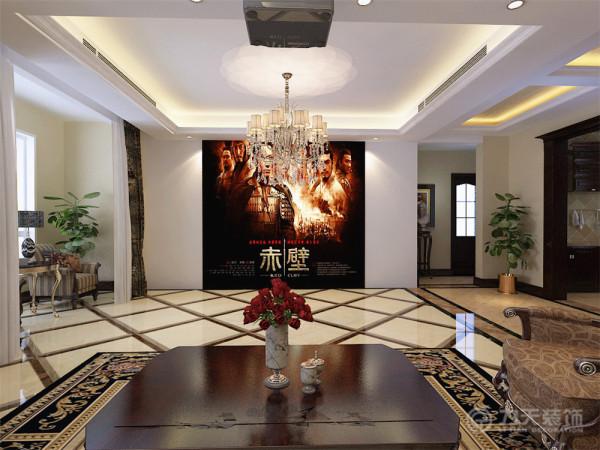 客厅作为待客区域,一般要求简洁明快,同时装修较其他空间要更明快光鲜,这不仅反映在软装摆件上对仿古艺术品的喜爱,同时也反映在装修上对各种仿旧工艺的追求上。