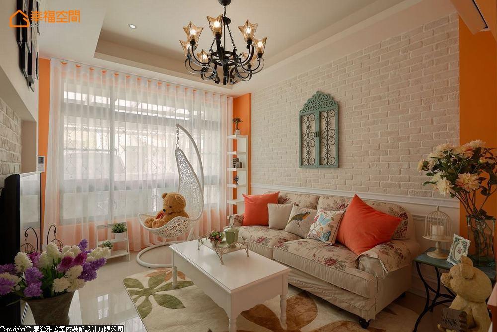 田园 四居 别墅 客厅图片来自幸福空间在多彩缤纷 为家人打造舒心乐园的分享