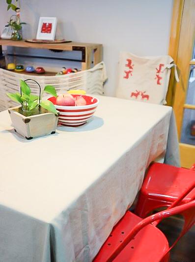 94㎡装修 混搭风格 实用收纳 原木家具 环保材料 布艺家纺 旧房改造 餐厅图片来自居佳祥和装饰在北欧宜家94㎡混搭清新装修的分享