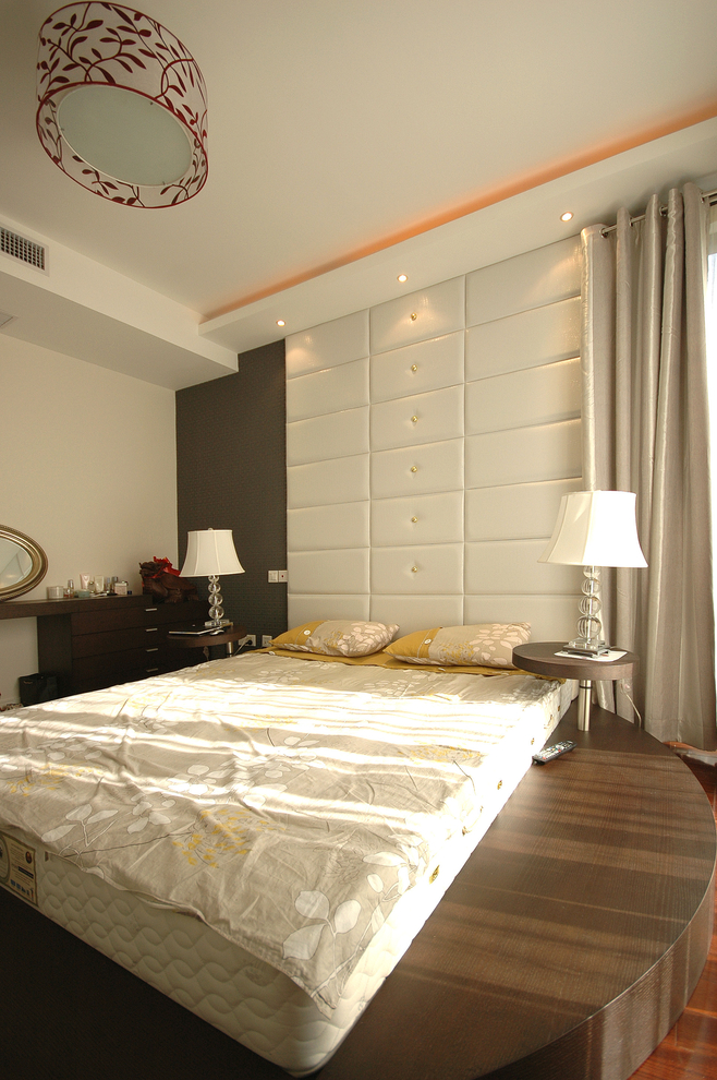现代简约风 复式装修 老房改造 今朝装饰 卧室图片来自北京今朝装饰在记忆的曲线-现代简约风格的分享