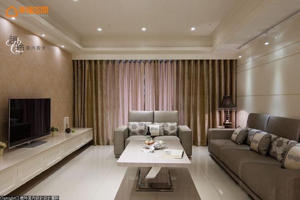 新古典 二居 大坪数 客厅图片来自幸福空间在机能至上!248平轻古典迷人雅宅的分享