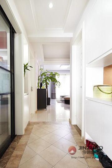 新房装修 旧房改造 局部装修 现代风格 简约风格 混搭风格 玄关图片来自周海真在中坤小区 旧房改造  现代简约的分享