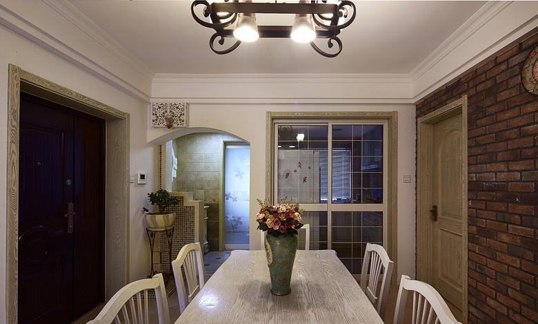 餐厅图片来自家装大管家在温馨浪漫情怀 91平田园风情两居的分享