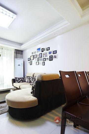 新房装修 旧房改造 局部装修 现代风格 简约风格 混搭风格 客厅图片来自周海真在中坤小区 旧房改造  现代简约的分享